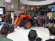 Kubota launches M6002 tractor series