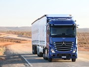 Benz to showcase new Actros with online live drive