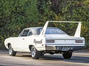 Plymouth Superbird + Countach replica + Vauxhall – Auction Action