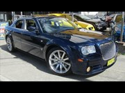 Chrysler 300C SRT8 2007 - today's tempter