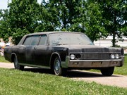 Presley family's 1967 Lincoln Continental found and heading to auction