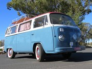1974 Volkswagen Kombi - Reader Ride