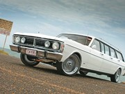 1970 Ford Falcon XY 6-door - Toybox