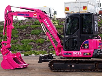 Tassie contractor's digger goes pink to support Breast Cancer Awareness during October