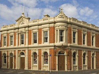 NZTA welcomes new tenant for Auckland's oldest pub