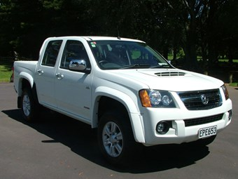 Holden Colorado ute test