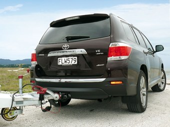 Tow Vehicle: Toyota Highlander 4WD