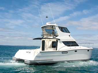 Catamarans International 3800 Flybridge