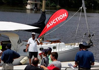 Boat auctions guide