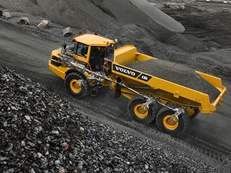 Volvo, Komatsu rate for satisfaction in mining equipment customer survey