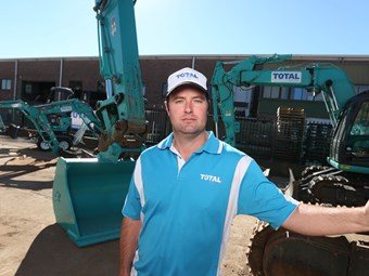 Case study: Total Dry Hire takes the Kobelco route
