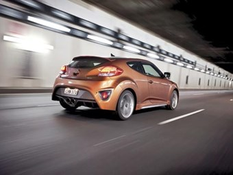 Hyundai Veloster SR Turbo Review