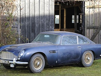 Aston Martin DB5 'barn find' for auction