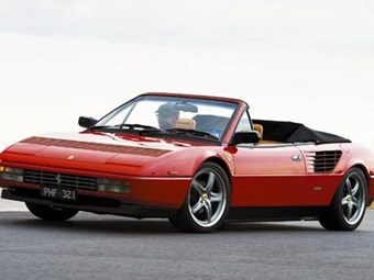 Ferrari Mondial Review: Past Blast