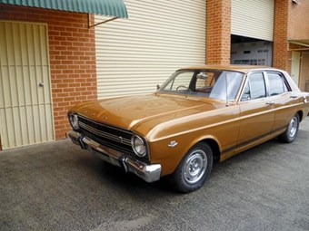 Ford Falcon XR: Reader resto