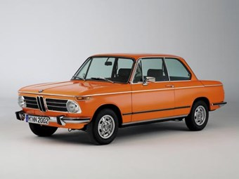 BMW 2002 review