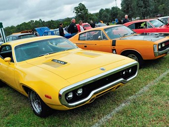 Clubs: Chryslers on the Murray
