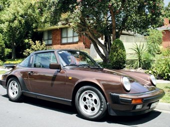 Porsche 911 Carrera 3.2 Review - Our Shed