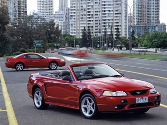 Ford Mustang Cobra (2001-02): future classic