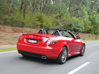 Mercedes-Benz SLK200 Kompressor (2008) Review