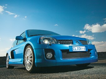 Renault Clio V6 255 Review