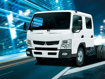 MITSUBISHI FUSO TRUCKS CANTER REVIEW (LAUNCH)