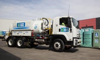Isuzu FVY 1400 for Sani Hire