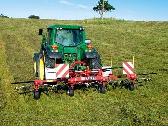 Fella TH 5204 DN Tedder review