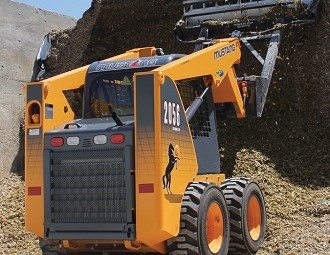 Mustang 2056 series II skid steer loader powers into Oz