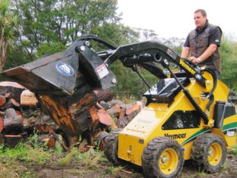 Vermeer S600 skid steer loader