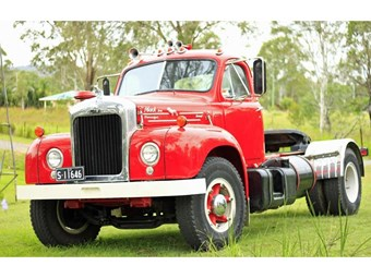 Truck Spotlight: Ray's 1961 Mack B-Model