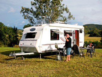 Review: Exclusive Caravans Walk-A-Bout 620ST