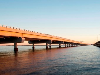 Longest bridge a 'pleasant drive' for Hornibrook bus drivers