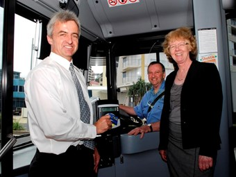 Bus delivers night travel 'gold'