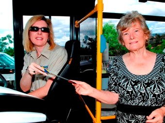 Gold Coast starts bus dial-up service