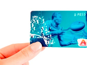 Rugby tourist travel smartcard launched