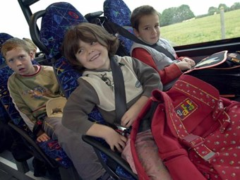School bus seatbelts spur debate
