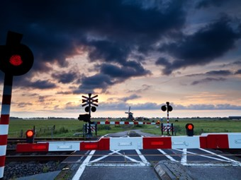 Safety technology trial for Qld rail crossing