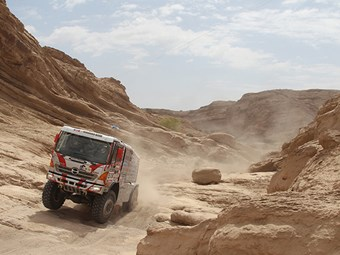 Hino wins Dakar Rally class fifth time in a row