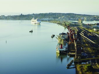 NSW gets bumper return for Newcastle port lease