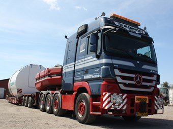 Hauling turbine components in Mammoet's Actros SLT
