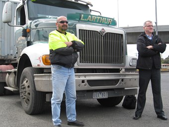 TWU threatens blockade over Melbourne port tax