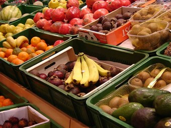 Fruit prices drive up CPI in June qtr