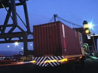 Napthine introduces amendment to scrap freight tax