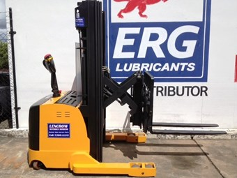 New reach stacker from Lencrow