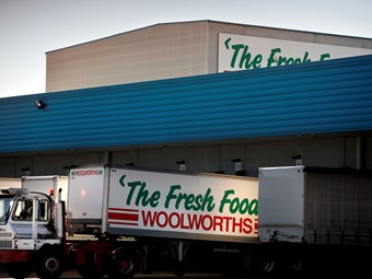 Woolworths' stance on RSRT wins union backing