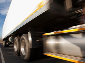 Heavy truck death rate continues to fall