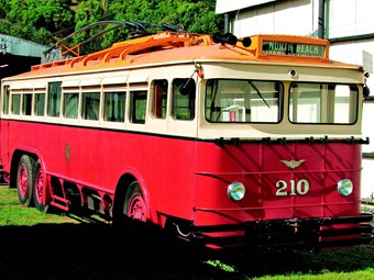 Flashback Friday: Historical buses of NZ