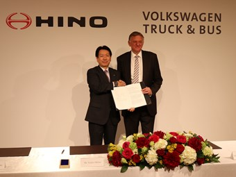 VW TRUCK & BUS AND HINO MOTORS AGREE STRATEGIC PARTNERSHIP