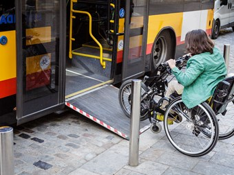 3D SCANNING REVEALS 'INCOMPATIBILITY' IN MOBILITY AIDS' BUS-BOARDING STANDARDS
